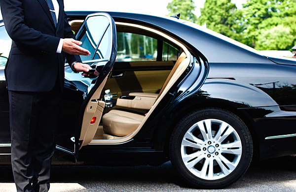 Airport transfers Romania